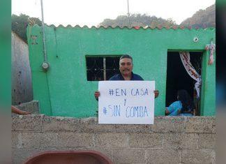 """Antorchistas en Izúcar se suman a protesta """"En casa y sin comida"""""""