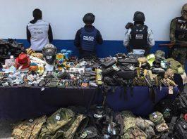 Comuna y Guardia Nacional catean La Fayuca; aseguran equipo táctico