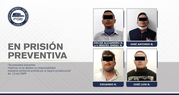 Dan prisión preventiva a detenidos en Lomas de Angelópolis: FGE