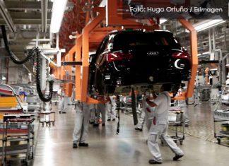 En Puebla, metas de ventas y producción en industria automotriz se recortarán 40% por Covid-19