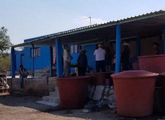 Lleva Antorcha pipas de agua a comunidad de Izúcar de Matamoros