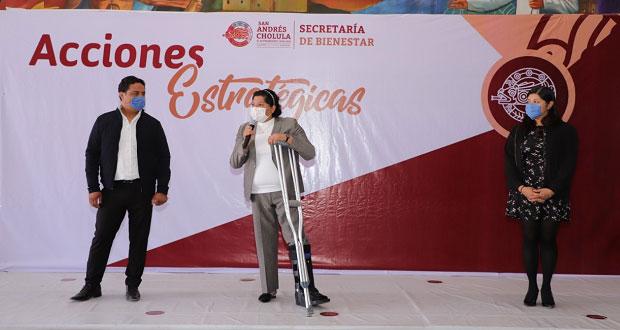San Andrés hace segunda entrega de apoyos a docentes de CAIC