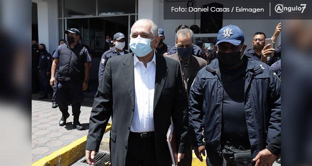 Ardelio Vargas negocia con policías estales que rechazaron aumento de 14%
