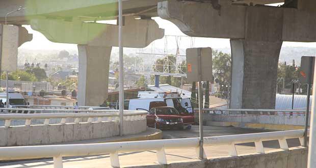 Matan a hombre a bordo de auto en incorporación a calzada Zaragoza