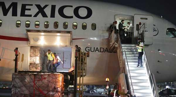 Con 2 millones de cubrebocas, llega 16° vuelo de puente México-China. Foto: Especial