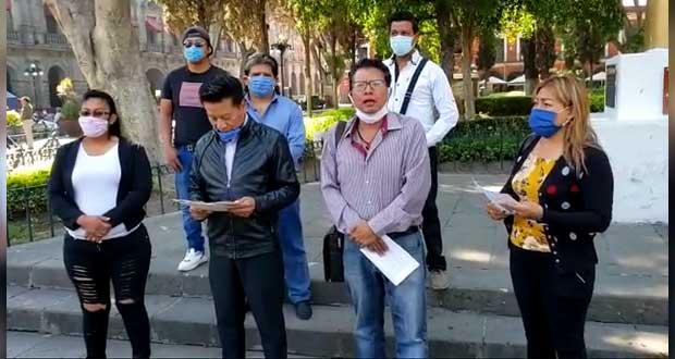 Edil de Almecatla acusa en CDH a alcaldesa de Cuautlancingo por homofobia