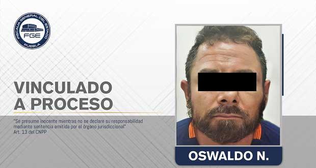 A prisión por agredir a su esposa y amenazar con dañar a su hija