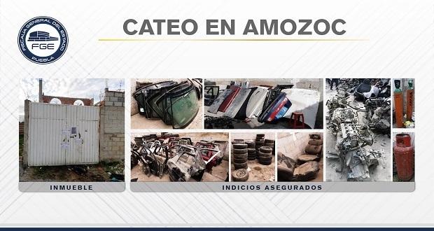 FGE asegura en Amozoc inmueble para desmantelar autos robados