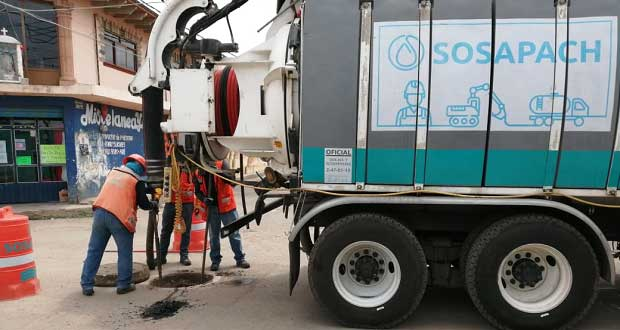 Antorcha gestiona desazolve de drenaje en San Pedro Cholula