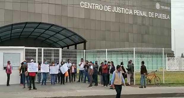 El Barzón Poblano exige liberación de 13 activistas de Amozoc