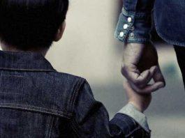 Dolores lleva 8 años tratando de recuperar a su hijo; un juez, el obstáculo