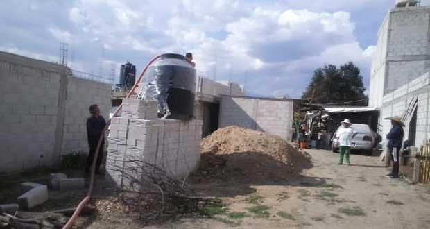 Antorcha apoya con pipas de agua a vecinos de colonia San Isidro