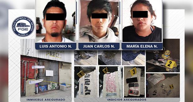 Vinculan a proceso a 3 por posesión de droga en el mercado Zapata