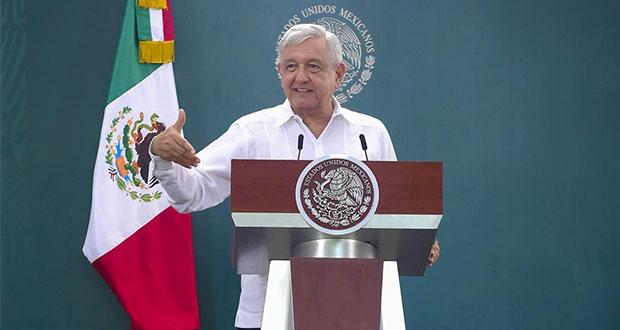"""Aún gobierno puede """"apretarse el cinturón"""": AMLO a líder de Morena"""