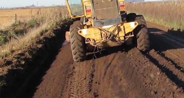 Buscan rehabilitar dos vialidades en Chichiquila y Tecali de Herrera