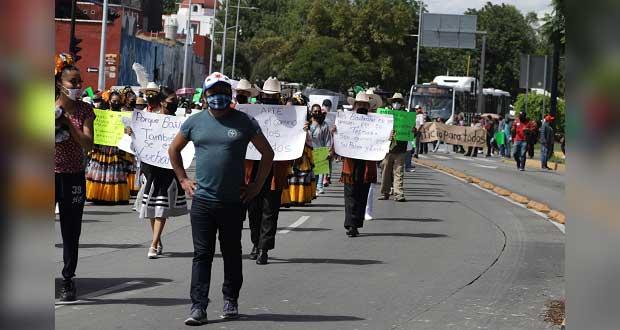 Antorcha se manifiesta en Casa Aguayo; piden apoyos ante pandemia