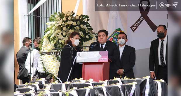 Barbosa pide perdón a migrantes que fallecieron por Covid en Estados Unidos