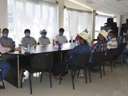 Edil antorchista de Huitzilan dialoga con autoridades sobre recortes