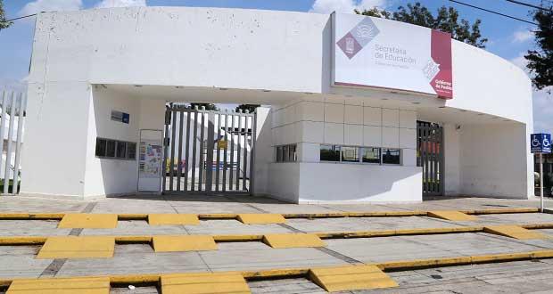 SEP de Puebla suspende inscripciones; se alineará con lo que diga Federación