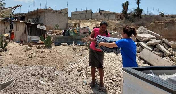 Sedif lleva a Tehuacán apoyos a personas en condición de pobreza