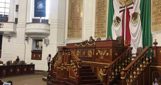 CDMX prohíbe terapias de conversión; en Puebla, tema no avanza