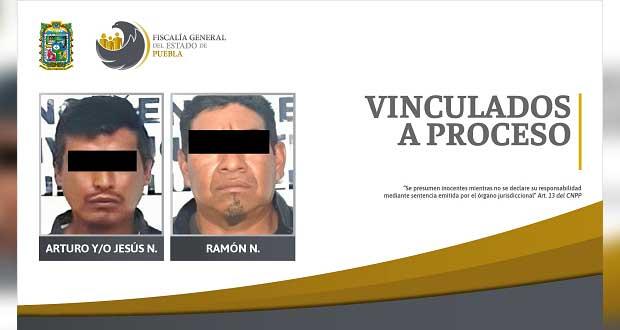Dan prisión preventiva a 2 detenidos con droga y arma de fuego
