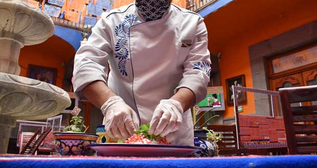 Para temporada de chiles en nogada, necesario abrir restaurantes: Canirac