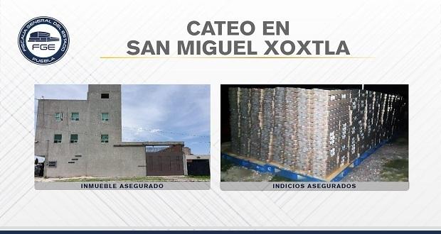 Fiscalía recupera en Xoxtla más de 90 mil latas de atún robadas