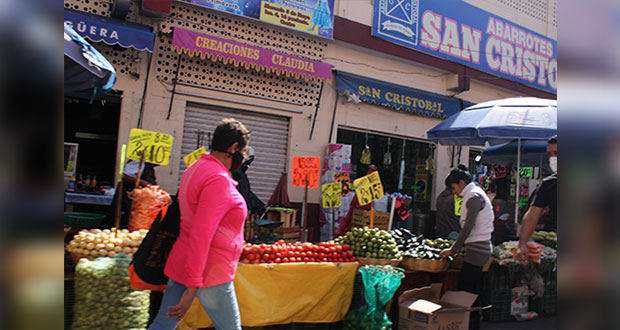 Consumo en mercados, importante para fortalecer economía de Puebla ante Covid