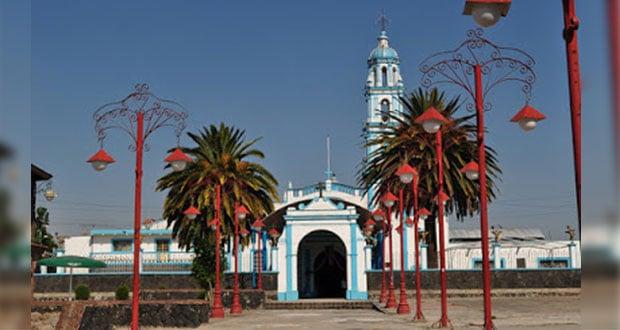 Pobladores de Zacatepec van a Tepjf para destituir a edil auxiliar