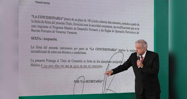 """AMLO exhibe concesión del puerto de Veracruz; va contra """"privatización"""""""
