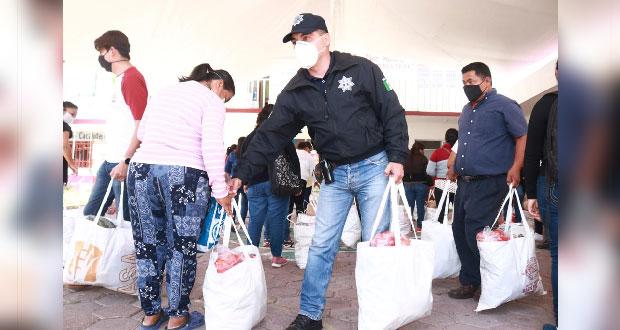 Comuna entrega apoyos y kits sanitarios en Acatepec y Cacalotepc