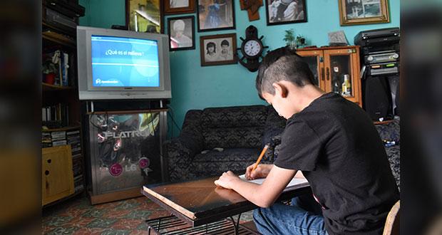 """Educación a distancia no es un """"entretenimiento"""" para alumnos: AMLO"""