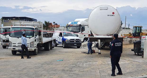 San Andrés Cholula clausura agencia de camiones tras explosión