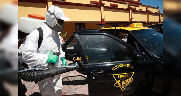 Comuna de San Andrés Cholua da 200 despensas y sanitiza 254 taxis