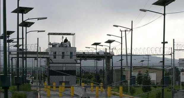 """Inicia cierre del penal de Puente Grande, del que se fugó """"El Chapo"""""""
