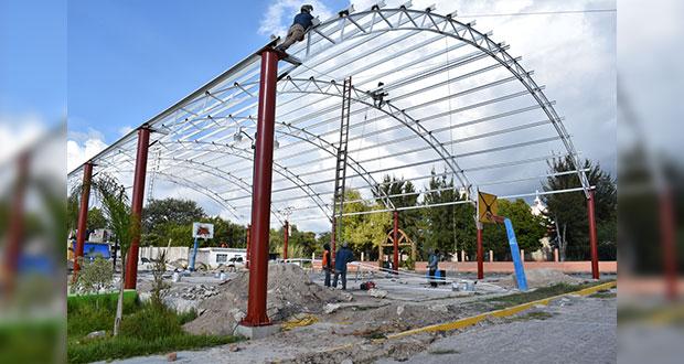 Construcción de cancha techada en Ixcaquixtla, al 50%: Antorcha