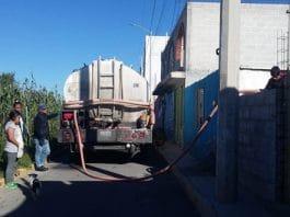 Antorcha gestiona pipas de agua para vecinos de Xonacatepec