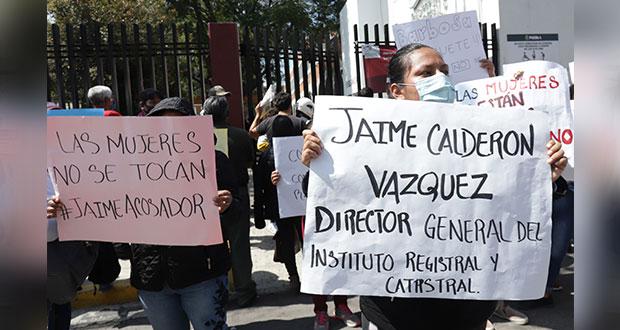 En protesta, exigen salida del director del Instituto Catastral por acoso