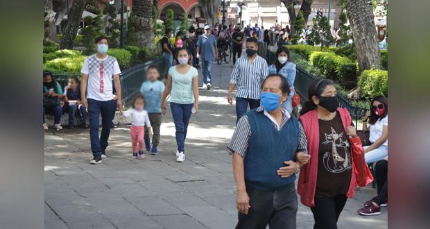 Amas de casa y empleados, los más afectados por Covid en Puebla