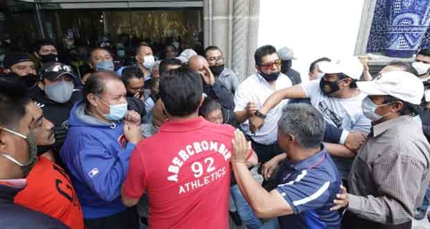 Chocan simpatizantes de Pacheco y Juárez durante reelección sindical