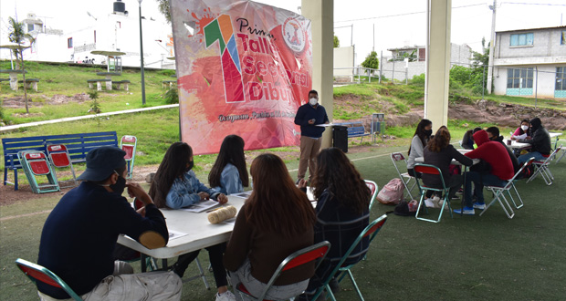 Antorcha realiza taller de pintura en Ocoyucan
