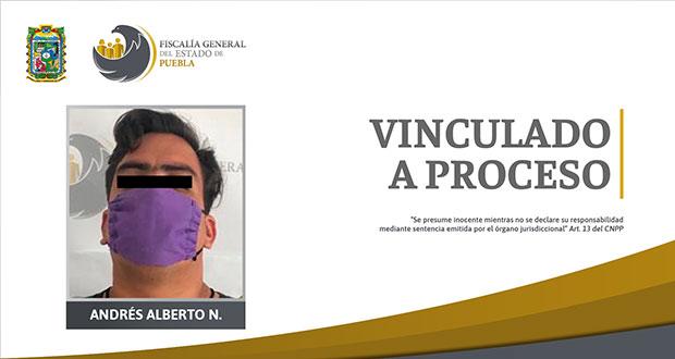 Lo vinculan a proceso por violar a su hijastra en Loma Bella