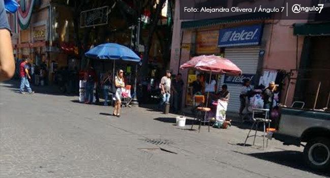 Pese a Covid, ayuntamiento no controla ambulantaje; hay 680 en las calles