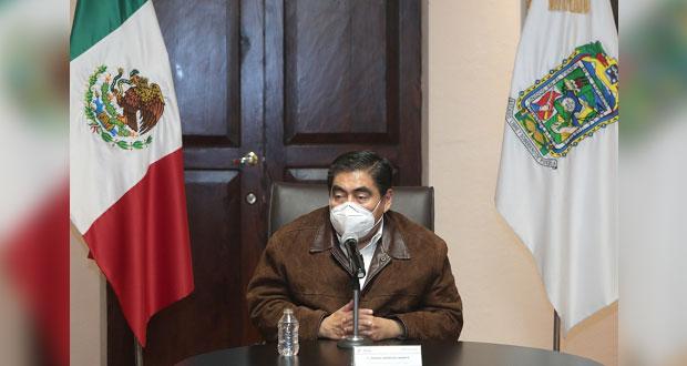 Barbosa anuncia que habrá proyectos carreteros en Puebla sin recurso federal
