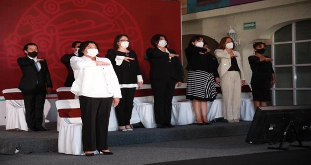 Radial a Tlaxcalancingo, obra concretada, resalta Karina Pérez en informe