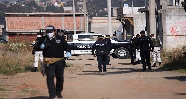 Hallan cuatro cadáveres encobijados en colonia de Puebla capital