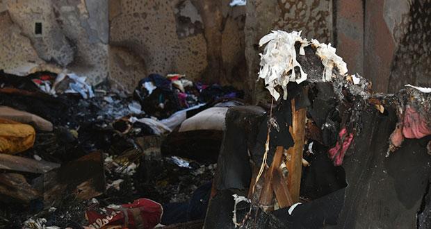 Explosión de tanques de gas incendia casona del bulevar 5 de Mayo