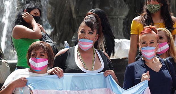 Batucada por Rebeldías Lésbicas; trans marchan por crímenes de odio