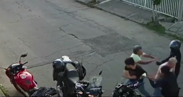 Video revela que policías no agredieron a sujeto de la tercera edad
